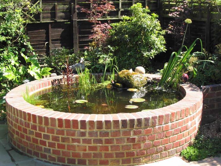 Attrezzare il giardino in fai da te con mattoni - Arredamento Giardino ...