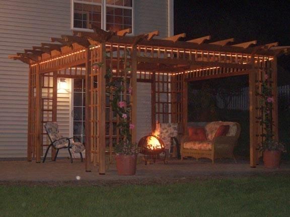 Costruire un pergolato arredamento giardino - Costruire un giardino ...