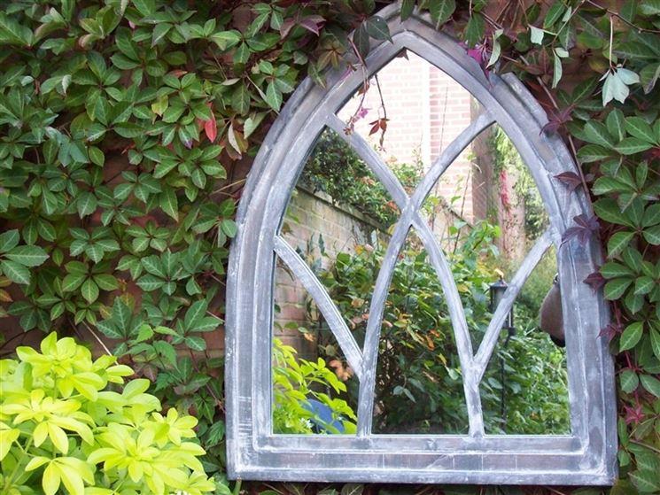 specchio per giardino