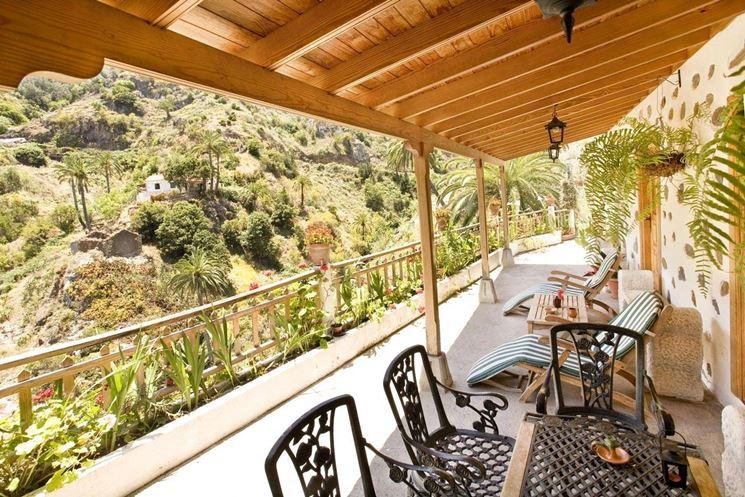 Veranda decoro architettonico e regolamento condominiale - Costruire veranda in giardino ...