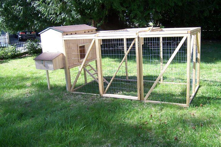 Pollaio fai da te casette realizzare pollaio con il fai da te - Recinti in legno da giardino ...