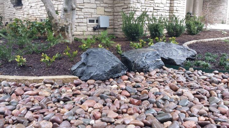 Pietre Da Giardino Per Aiuole : Bordure per aiuole giardinaggio come realizzare le bordure per