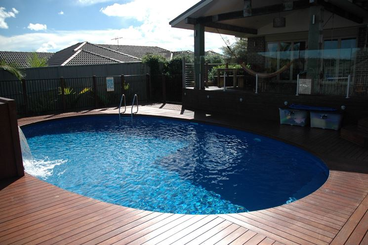 La piscina piscina fai da te installare una piscina for Comprare piscina
