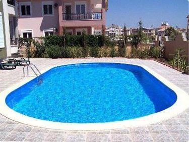 Pregi di una piscina interrata