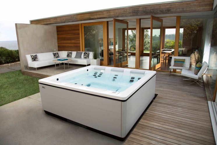 Vasca Da Terrazzo : Vasche idromassaggio da esterno piscina fai da te