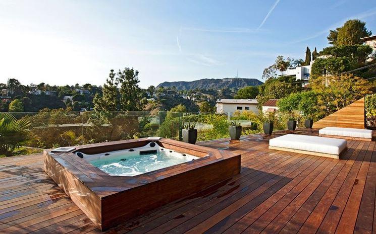 Vasche idromassaggio da esterno piscina fai da te