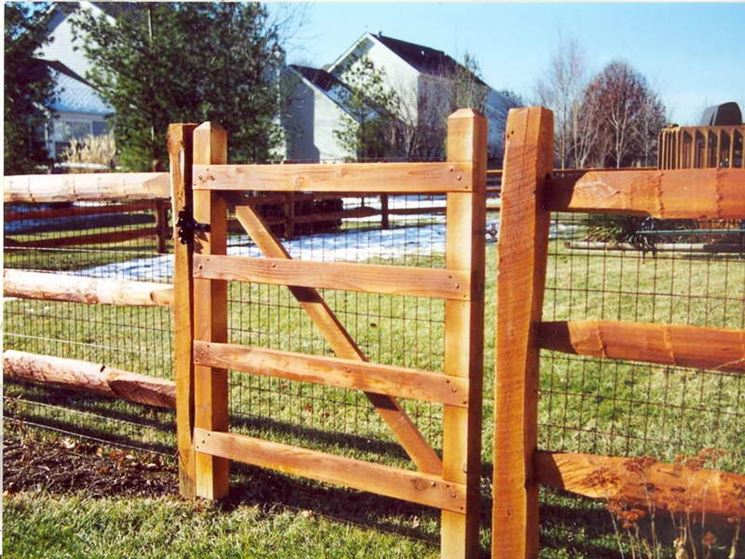 how to build fence with inside frame