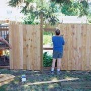 come costruire un recinto per cani