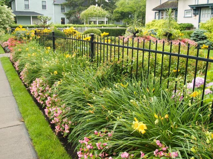 recinzione in ferro per giardino