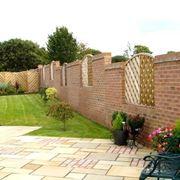 Alcune note sulle recinzioni in muratura