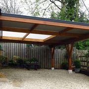 Esempio di tettoia auto in legno