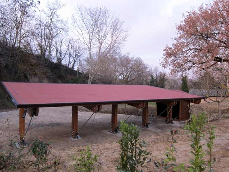 tettoia in legno con guaina