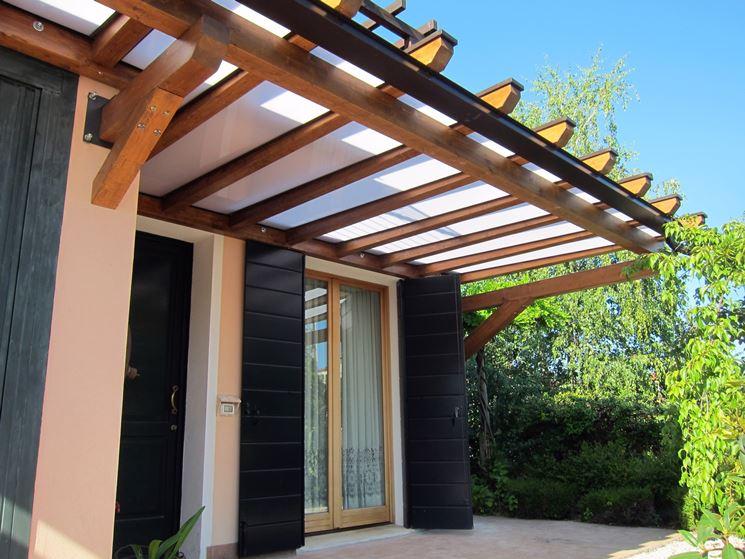 Tettoia in policarbonato - Tettoie e pensiline - Utilizzare tettoie ...