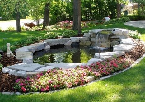 Giardini d acqua tipi di giardini - Laghetto per giardino ...
