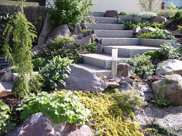 Giardino roccioso - Tipi di giardini - Realizzare giardini rocciosi