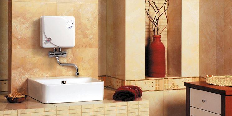 Scaldabagno elettrico istantaneo boiler e caldaie - Scaldabagno elettrico istantaneo per doccia ...