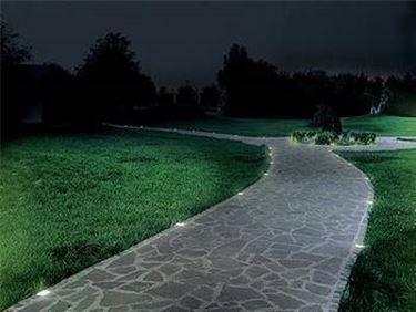 Illuminazione da giardino illuminazione - Vialetti da giardino ...