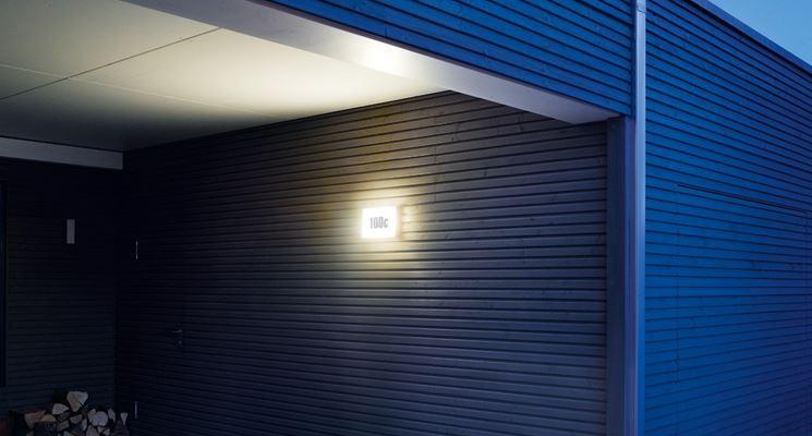lampada con interruttore crepuscolare