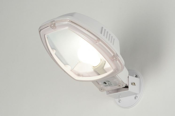 Plafoniera Esterno Con Crepuscolare : Lampade crepuscolari illuminazione come funzionano le
