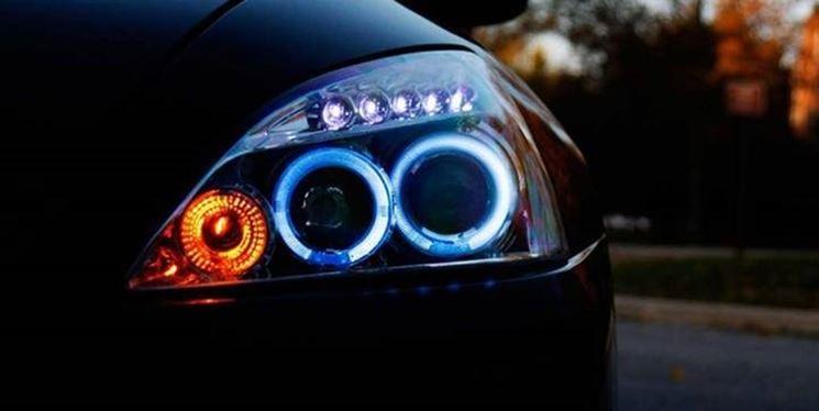 Luci led auto illuminazione for Luci led piccole