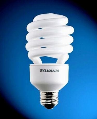 lampadina a luce fredda