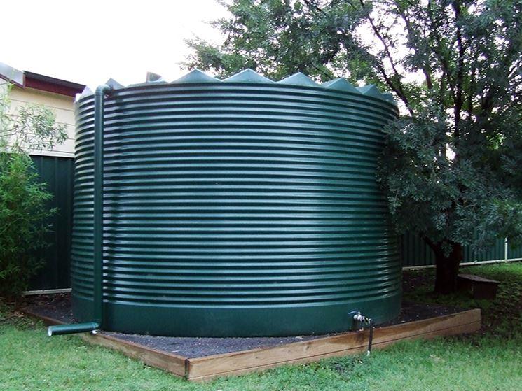 Cisterna di grosse dimensioni