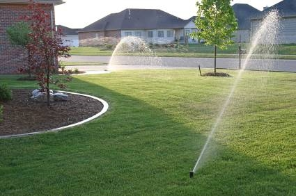 Impianto irrigazione giardino impianti idraulici for Claber irrigazione interrata