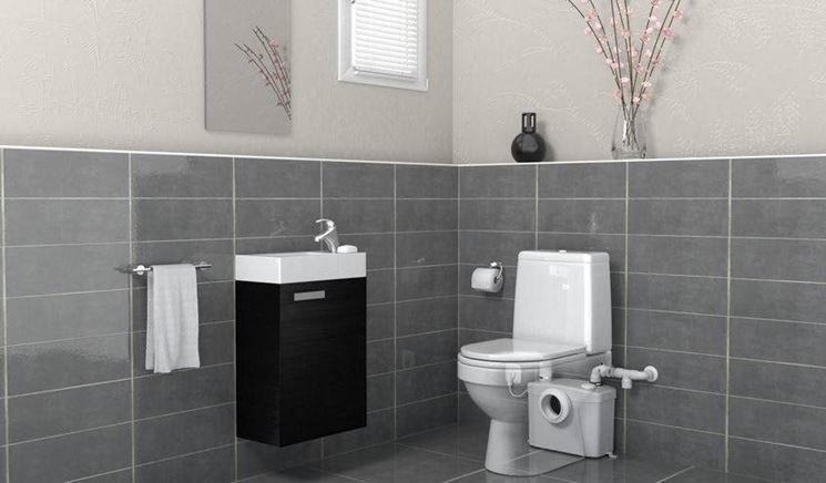 sanitrit in bagno