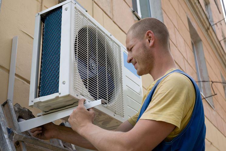 installazione unità esterna climatizzatore