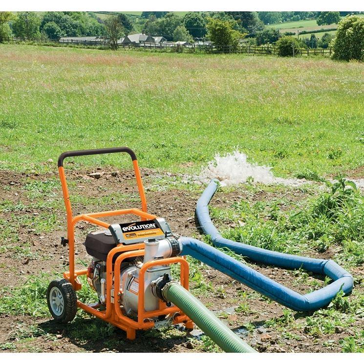 modello di pompa per acqua