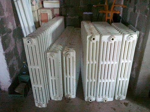 Radiatori in ghisa riscaldamento casa for Termosifoni in alluminio usati