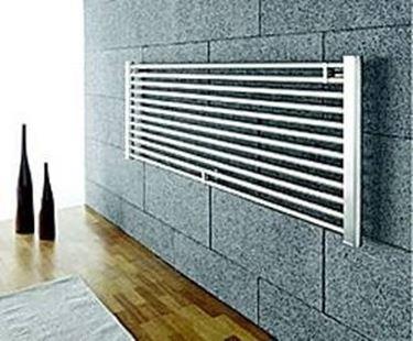 Radiatori orizzontali riscaldamento casa for Radiatori da arredo prezzi
