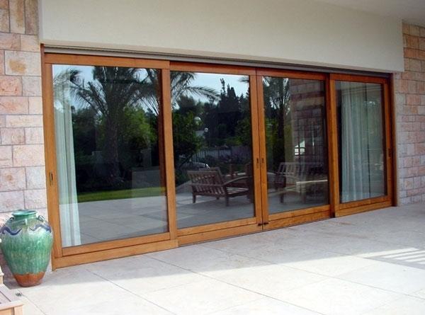 Finestre scorrevoli in legno finestra for Infissi esterni in alluminio prezzi