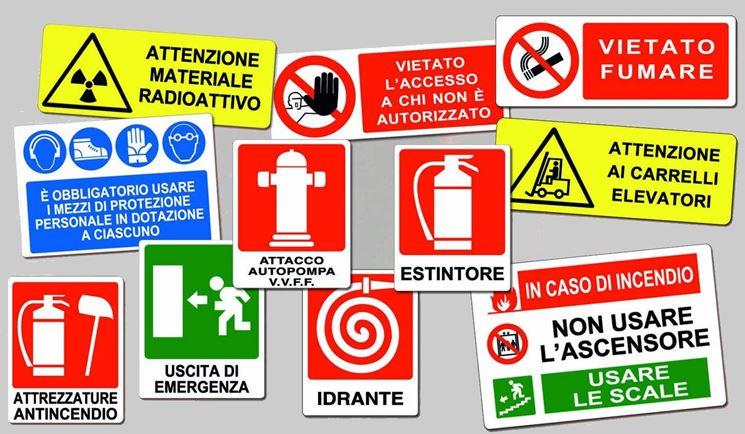 cartelloni per cantiere