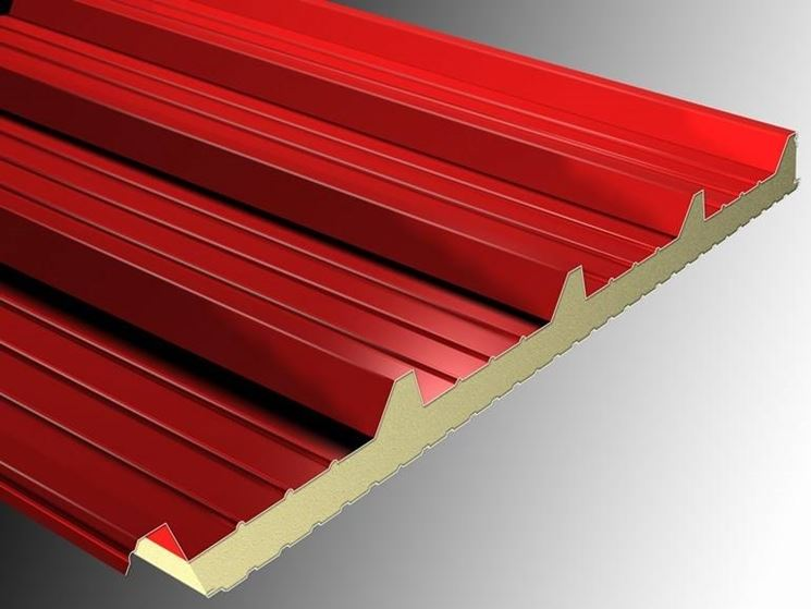 Lamiere coibentate materiali per edilizia for Isolante termico bricoman