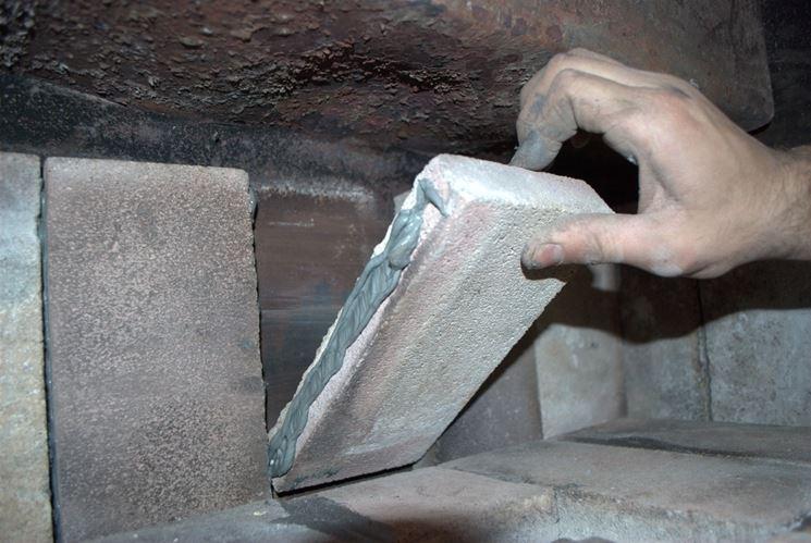 costruzione forno con malta refrattaria