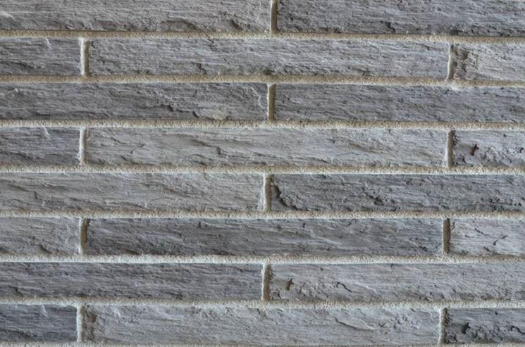 Mattoni di cemento materiali per edilizia for Rivestimento in mattoni per case