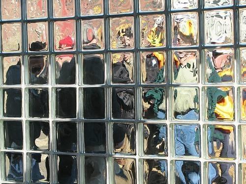 Mattoni realizzati in vetrocemento materiali per edilizia - Mattoni vetrocemento per doccia ...