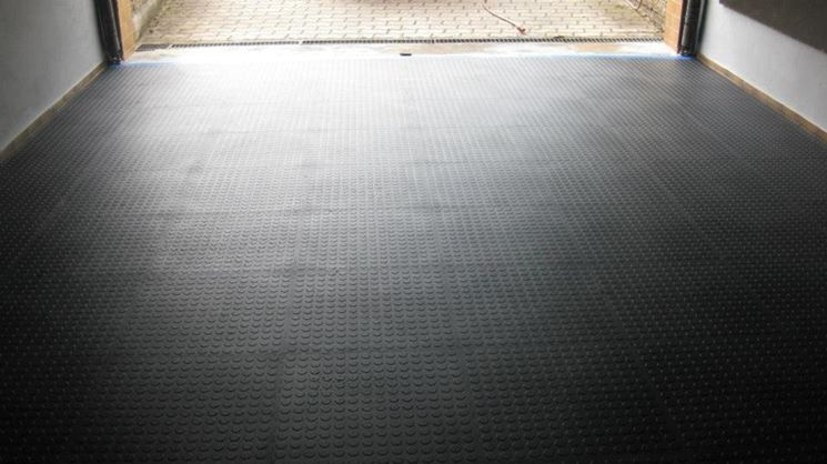 Pvc adesivo materiali per edilizia materiale pvc for Costo per lato un garage