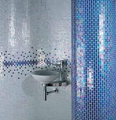 Mattonelle a mosaico boiserie in ceramica per bagno - Mattonelle mosaico bagno ...
