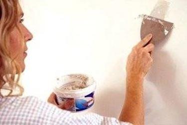 riparare muri