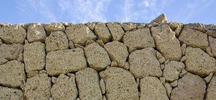 Foto Muretti Di Tufo.Muri In Tufo Muratura