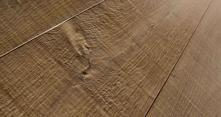 Finto parquet parquet il legno laminato o finto parquet for Economici rivestimenti in legno