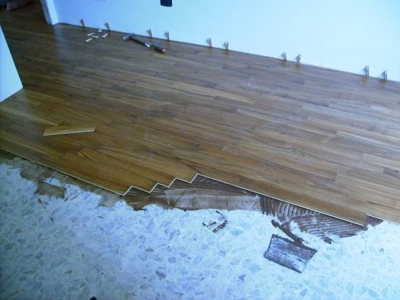 Parquet su pavimento esistente parquet - Posare parquet flottante su piastrelle ...