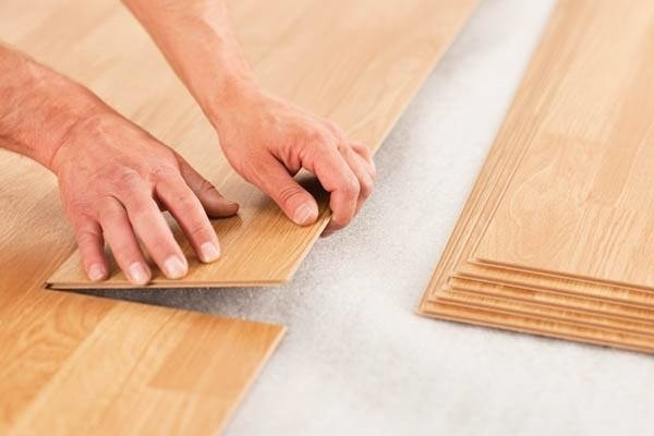 Posa parquet laminato parquet for Posare laminato su pavimento esistente