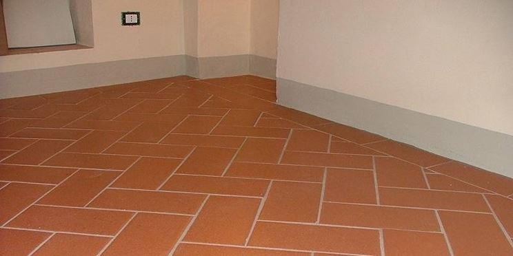 Cotto toscano pavimentazioni for Piastrelle bagno tuscania