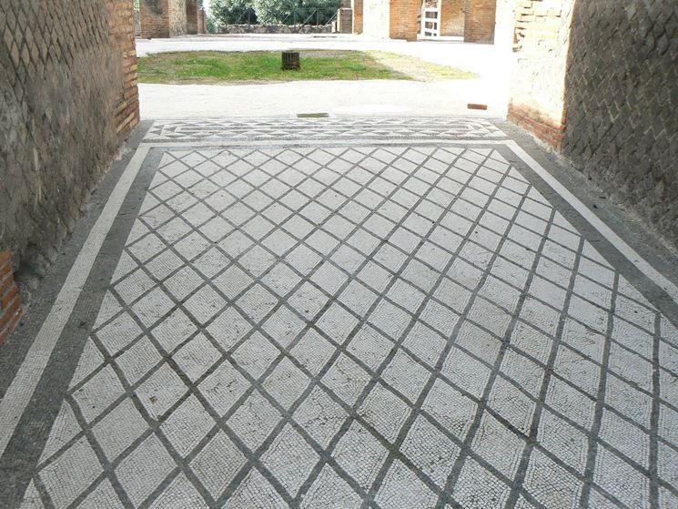 mosaico materiali