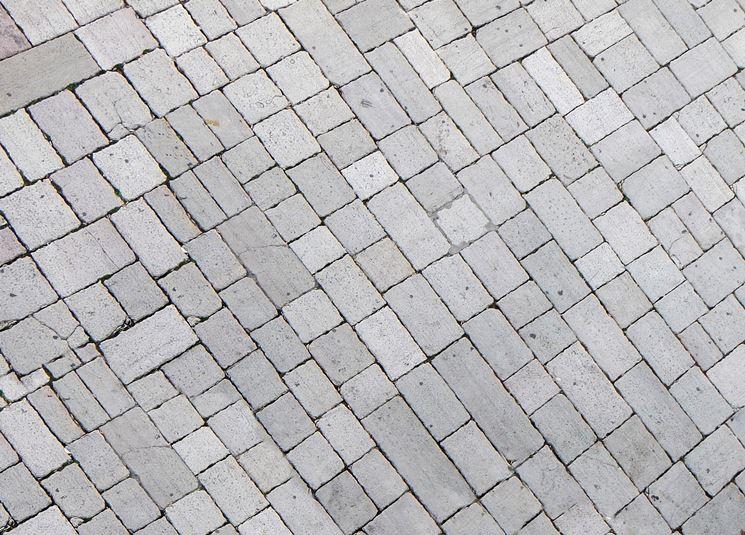 pietra lavica per pavimento