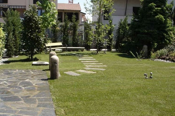 Consigli pratici sui camminamenti per giardini