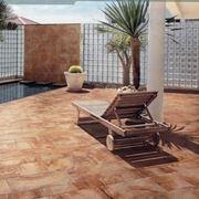 Pavimentazione giardino pavimento per esterni come for Giardino piastrellato